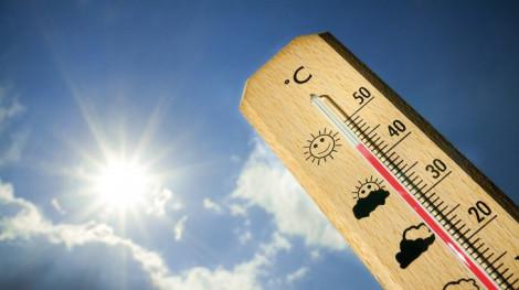 Trời nắng nóng làm tăng đột quỵ não