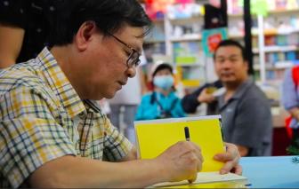 Gặp gỡ nhà văn Nguyễn Nhật Ánh tại tuần lễ kỷ niệm Ngày sách Việt Nam