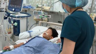 6 em bé trong một gia đình nhập viện sau khi ăn bánh mì pate, có 1 bé tử vong