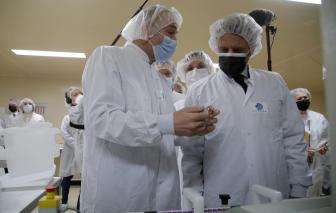 Pháp khuyên trộn vắc-xin trong bối cảnh lo ngại đông máu
