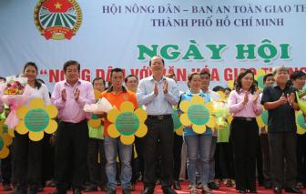 """TPHCM: Ra mắt 84 câu lạc bộ """"Nông dân với an toàn giao thông"""""""