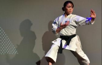 Nữ vận động viên vô địch karate người Mỹ gốc Á bị lăng mạ khi đang tập luyện ở công viên