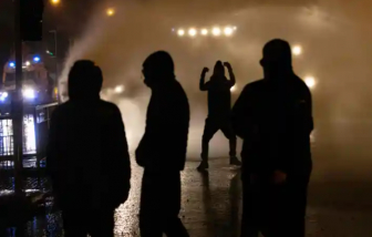 Trẻ em Bắc Ireland đang bị các băng nhóm lôi kéo vào hành vi tội phạm