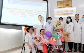 Bé gái 3 tuổi được ghép tế bào gốc chữa u nguyên bào võng mạc di căn