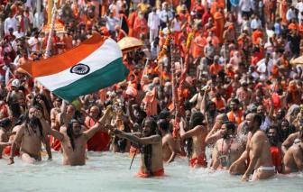"""Đại dịch phủ """"bóng đen chết chóc"""" lên các lễ hội ở Ấn Độ"""