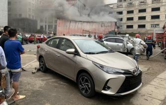Hà Nội: Cháy xưởng in trên phố Định Công, ngay cạnh bãi giữ xe ô tô