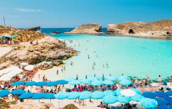 Malta tặng tiền cho du khách đến tham quan