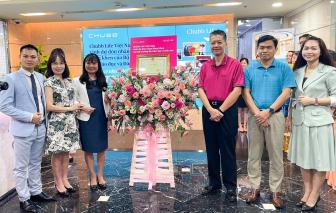 Chubb Life Việt Nam đón nhận bằng khen của Bộ Giáo dục và Đào tạo