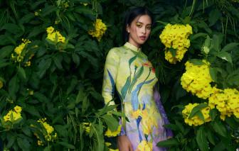 Hoa hậu Tiểu Vy e ấp bên tà áo dài