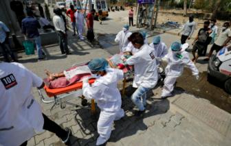 Những ngày chết chóc ở Ấn Độ: Từ bán đại trà, mang vắc xin đi cho cuối cùng phải nhập khẩu