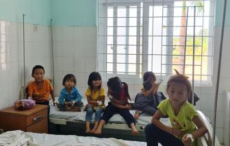 Đắk Nông: Hơn 100 người nhập viện sau khi ăn cưới