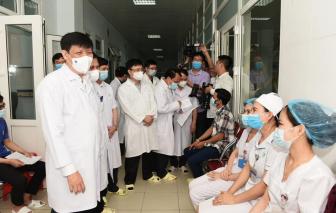 Bộ trưởng Y tế: Nguy cơ dịch COVID-19 từ Lào xâm nhập rất lớn