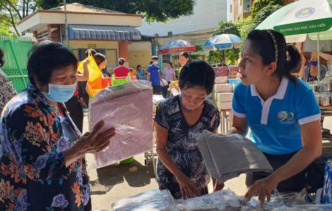 Nhiều khu vực mua sắm, sân chơi miễn phí cho phụ nữ và trẻ em