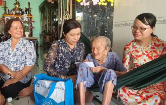 Thăm và tri ân Mẹ Việt Nam Anh hùng