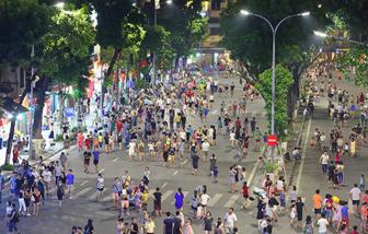 Hà Nội tạm dừng tất cả lễ hội và phố đi bộ để phòng COVID-19