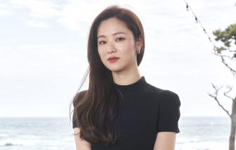 """Jeon Yeo Bin: """"Tay ngang"""" tỏa sáng"""