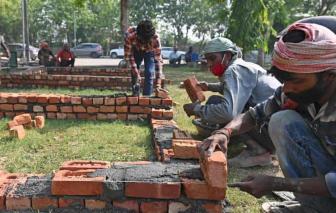 Ấn Độ gấp rút xây dựng lò hỏa táng dã chiến