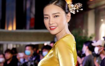 """Chỉ với chiếc áo dài, Ngô Thanh Vân """"cân"""" cả dàn sao Việt"""