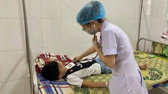 Trẻ bị viêm màng não do vi-rút đường ruột có thể tự hồi phục