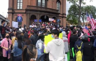 Người dân New York biểu tình chống hành vi thù ghét người châu Á