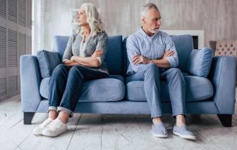 Diễn đàn Có nên ly hôn tuổi xế chiều?: Bỏ nhau nhưng có ai vui...