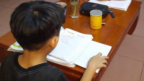 Đổi lịch thi thần tốc: Hãy để trẻ được thất bại