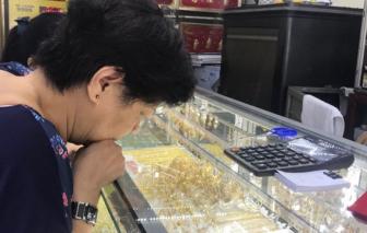 Giá vàng tăng mạnh theo đại dịch COVID-19