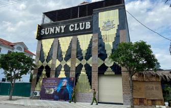 """Xác minh """"nữ tiếp viên mặc hở hang"""" được cho là ở karaoke Sunny"""