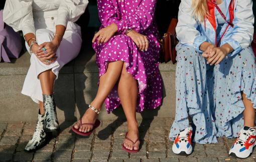 10 sai lầm chọn giày dép mùa hè các nàng dễ mắc phải