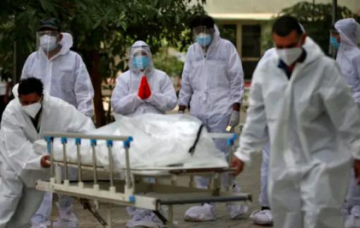 Ấn Độ lại ghi nhận kỷ lục mới gần 4.200 người chết vì COVID-19 trong 24 giờ