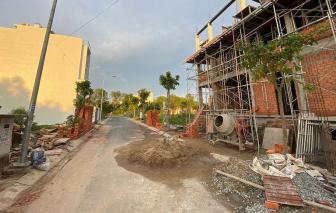 Chủ tịch UBND quận, huyện phải chịu trách nhiệm toàn diện về trật tự xây dựng