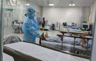 TPHCM: Bác sĩ chuẩn bị sẵn vali phòng trường hợp phong tỏa bệnh viện