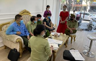 Mở cửa đón khách bất chấp lệnh cấm, một spa ở Nghệ An bị phạt 15 triệu đồng