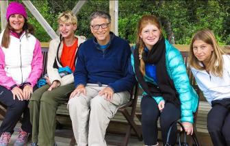 3 con của Bill Gates chỉ nhận được 10 triệu USD sau khi cha mẹ ly hôn