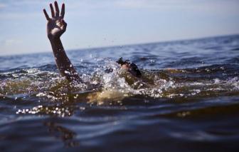 Đắk Lắk: Rủ nhau đi tắm sông, hai nữ sinh lớp 7 đuối nước thương tâm