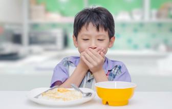 Uống sữa đắt tiền vẫn suy dinh dưỡng: sai lầm nên biết khi nuôi con