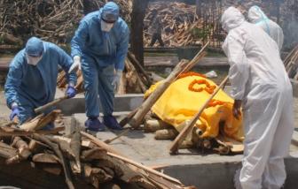Ấn Độ: Cụ bà mắc COVID-19 tỉnh dậy khi gia đình chuẩn bị giàn hỏa thiêu