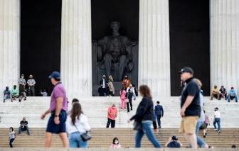 Khi COVID-19 tạm lắng, khách du lịch quay trở lại thủ đô Washington