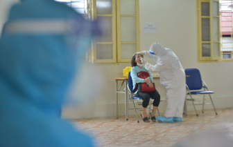 Hà Nội: Người dân từ Đà Nẵng về bắt đầu được lấy mẫu xét nghiệm