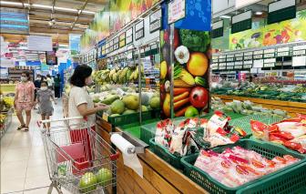Giá hàng hóa lại tăng khiến người tiêu dùng phải bóp hầu bao