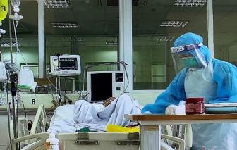 3 nhân viên y tế mắc COVID-19 diễn biến nặng, phải thở oxy