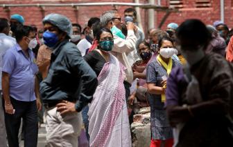 Người cảnh báo về biến thể Ấn Độ của virus COVID-19 từ chức