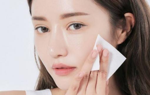 Làm sao để giảm da mặt bị nhờn, bóng dầu?