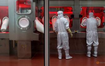 Nhà sản xuất vắc-xin lớn nhất thế giới hy vọng nối lại việc xuất khẩu các mũi tiêm vào cuối năm