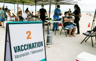 Tour đến Mỹ du lịch và tiêm vắc-xin: đi dễ, khó về
