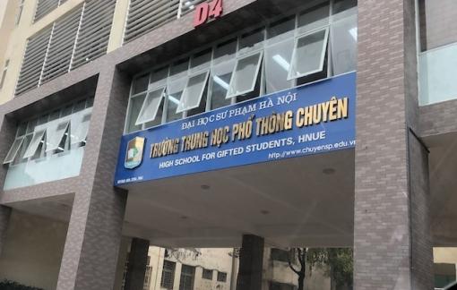 Một trường THPT chuyên khẩn cấp hoãn thi vào lớp 10 vì COVID-19