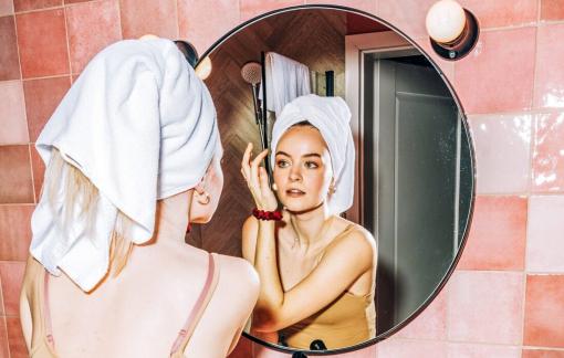 Dầu tẩy trang có thực sự không gây nhờn da?
