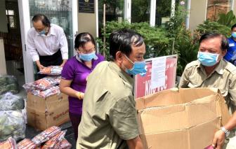 Phụ nữ Gò Vấp tham gia hỗ trợ công tác phòng, chống dịch