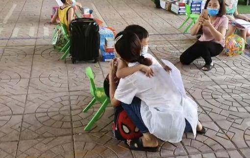 Hoàn thành cách ly, 24 bé mầm non ở Bắc Giang về với gia đình