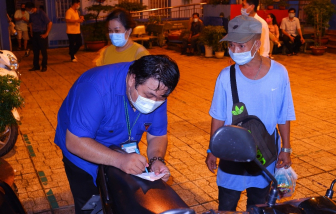 TPHCM đề nghị người dân bị sốt, ho, khó thở chủ động đi khám